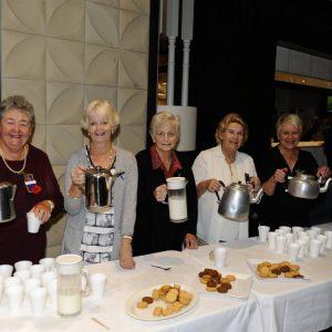womens aux tea